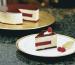 Mousse de chocolate blanco con gelificado cerezas