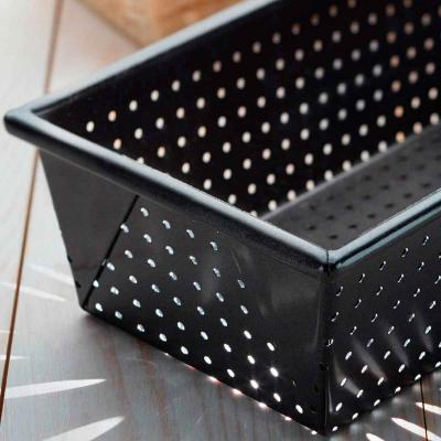 Motllo per pa rectangular amb forats 23 cm