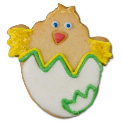 Tallador galetes pollet dins l'ou