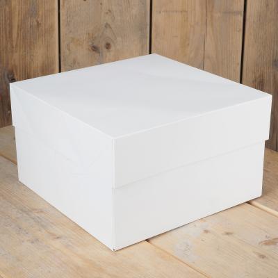 Caixa per a pastissos quadrada blanca