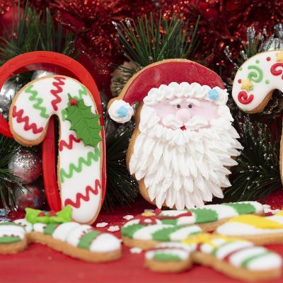 Set 2 talladors galetes plàstic Pare Noel i Bastó