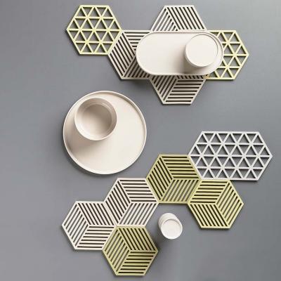 Estalvis trivet triangles