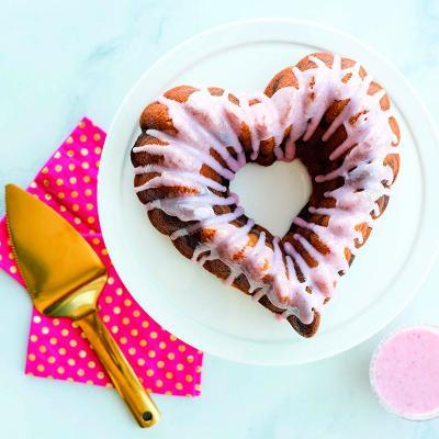 Molde pastel Nordic Ware Elegant corazón Bundt
