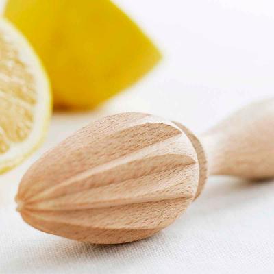 Exprimidor limones de madera