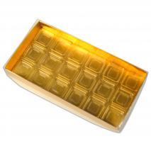 Capsa per a 18 bombons daurada
