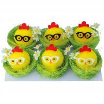 Pollito amarillo con gafas y nido Pascua 6 cm