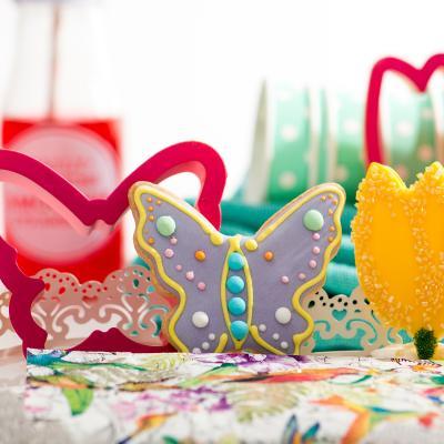 Cortador galletas plástico Pascua Mariposa
