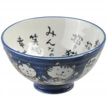 Bol gatos japoneses de la suerte y letras