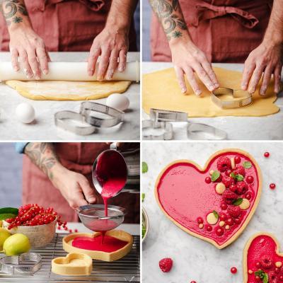 Anillo tarta perforado Corazón inox 18x16x3,5 cm
